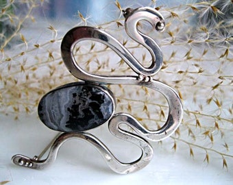 Sterling Snake Brooch, Silver Black Moss Agate Stone, Stylized Abstract Silver Serpent, Artist Jan Cassell