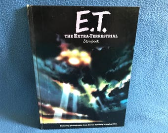 Vintage, E.T. The Extra-Terrestrial, Original 1982, 8X10, Storybook, Hardcover, Book Club Edition, 5899