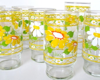 Hildi Daisy Glass Tumblers - Set of 10