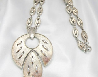 Store Closing Sale Vintage Necklace Silver Statment