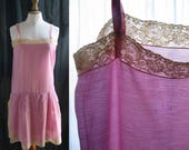 Lingerie Vintage 1920's, nightdress, dress, rompers, rayonne color orchid pink, lace off-white.