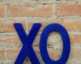 Plastic Signage/ Hugs and Kisses/ X, O / Home Decor