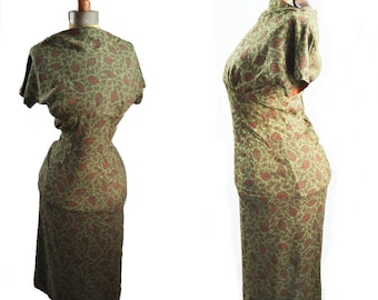 1950s wiggle sheath dress, paisley print