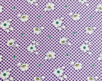 "36"" wide 30's print Daisies on Purple Check 3 yd. 31"""