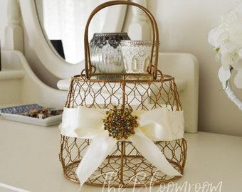 Rustic wedding basket / Wedding basket / Wedding / Decorations / Wedding basket / Rustic flower girl basket / Gold wire basket / Wire Basket
