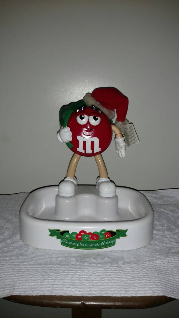 Talking M&M Santa Despenser, excellent condition. Collectible Christmas candy dish.