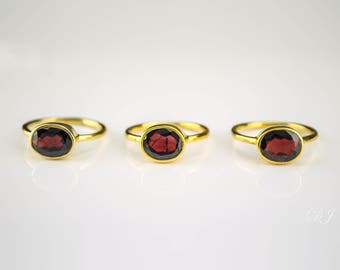 Garnet Ring - January Birthstone Ring - Gemstone Ring - Stacking Ring - Gold Ring - oval Ring - stackable ring, bezel set ring, gift for her