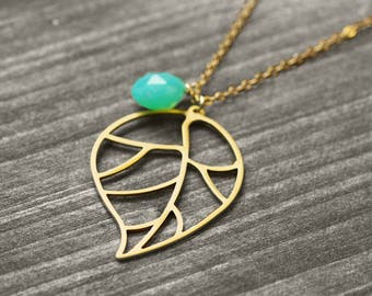 NATURE'S GOLD necklace with leaf and jewel | gold