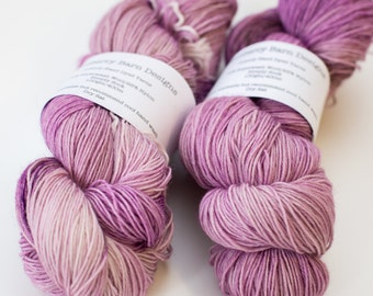 Hand Dyed Yarn - Sturdy Sock 4ply, Superwash Wool/Nylon 75/25 - Twisted Orchid