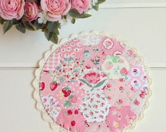 a most lovely hexie patchwork doily no. 4