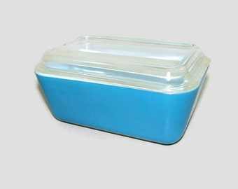 Pyrex Turquoise Blue Refrigerator Bowl, Aqua Blue 0502 Storage Container, Vintage Milk Glass Serving Bowl