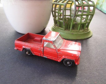 Vintage Matchbox Jeep Pickup Gladiator Made in England 1964 Red Toy Pick Up