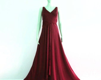 Burgundy Long Bridesmaid Dress. Burgundy Prom Dress.