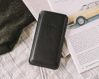 """Pouch for Nexus 5, leather, wool felt, """"Dandy"""", by band&roll"""
