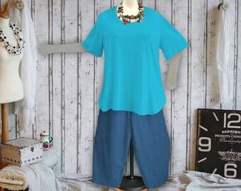 Plus sizes - US 18 - 34, UK 20 - 36, Shirt tail hem - WAVE style, jersey/cotton,turquoise