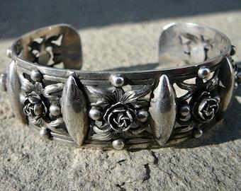 Peruzzi Silver 800, Peruzzi, Peruzzi Jewelry, Renaissance Jewelry, Italian Jewelry, Italian Bracelet, 800 Silver, Vintage Bracelet, Cuff