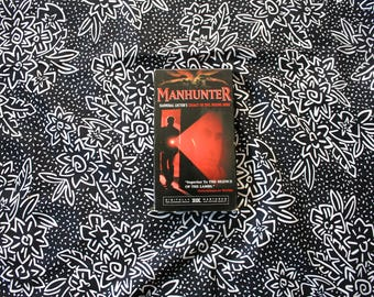 Manhunter VHS Tape. 80's Classic Action Movie. Hannibal Lecter Story. Silence Of The Lambs Story. Awesome Serial Killer Movie