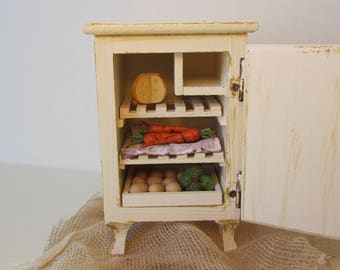 Dollhouse Miniature Fridge Vintage Ice box