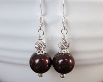 Blackberry Wine Black Cherry Bridesmaid Earrings, Pearl Drop Earrings, Bridal Party Wedding Jewelry, Bridesmaid Gift, Mother of The Bride
