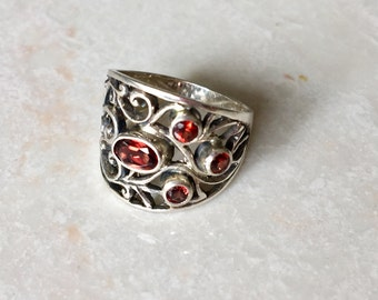 Sterling silver garnet intricate ring- statement ring- silver gemstone ring