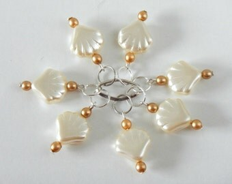 Stitch Markers - Knitting Stitch Markers - Shell marker - Pearl marker