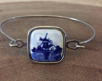 Vintage Delft Porcelain Blue & White Silver Bangle Bracelet
