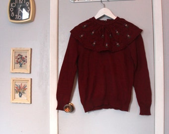 1980s cranberry knit large collar sweater