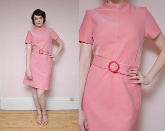 60s Chevron Striped Mini Dress L XL Red White Striped High Neck Minimal Mod Dress Belt Dress Short Sleeve Spring Dress