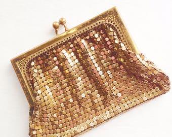Vintage Whiting & Davis Gold Mesh Coin Purse #2684 Made in USA 1930s Antique Bag Kiss Lock Antique Gold Mesh Coin Purse