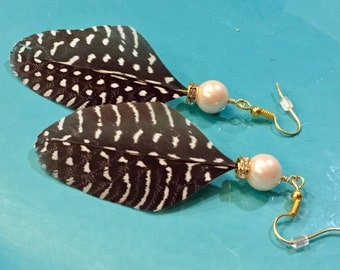 Guinea feather earrings with pearl and rhinestone beads