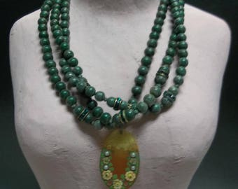 Vintage Green Wood Beaded Three Stand Choker with added Pendant, S