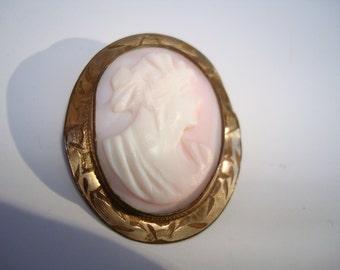 Vintage Angel Skin Cameo Rolled Gold Brooch