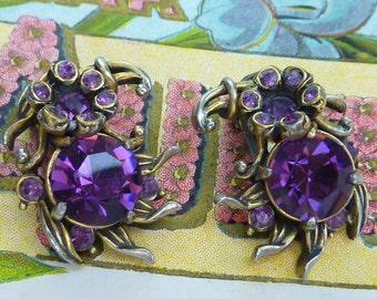 SIGNED HOLLYCRAFT AMETHYST floral prong set rhinestones vintage clip on earrings