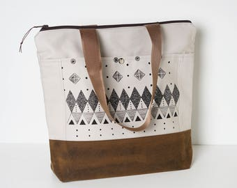 Wax Canvas Tote / Travel Bag / Screen print / Canvas tote / Tan waxed canvas
