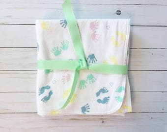 Flannel blanket - Double layer flannel blanket - receiving blanket - baby blanket - baby hands blanket - pink stripes - baby gift - flannel