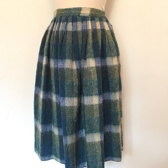 "1950s skirt vintage mohair wool checkered woven full white blue green check knee length flared 25"" waist pleated thick blanket 50s Kidax"