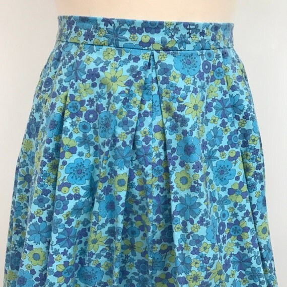 Vintage skirt 1960s flowery handmade high waisted UK 8 blue tone floral grey 60s summer cotton knee length