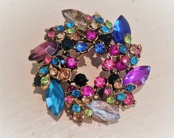 Gorgeous! Multi colored RHINESTONE Jewelry Wreath Brooch Pin