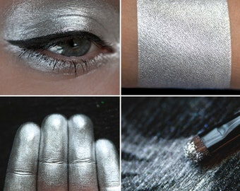 Eyeshadow: Playing with the Tip of a Knife - Undead. Silver metallic eyeshadow by SIGIL inspired.