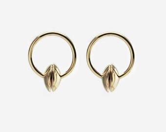 Circle statement lens stud earrings