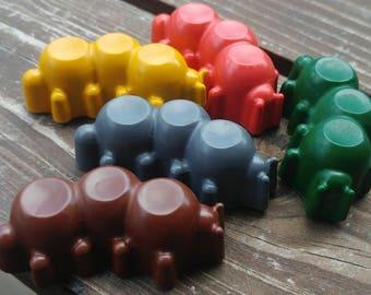 Caterpillar Crayons set of 8 - Caterpillar Party Favors - Caterpillar Party - Garden Party Favors - Insect Crayons - Insect Party