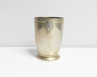 Vintage French Silver Plated Beaker Silver Plate Cup baptism metal tumbler shell design Metal Blanc timbale of birth height 3.5 in / 9 cm