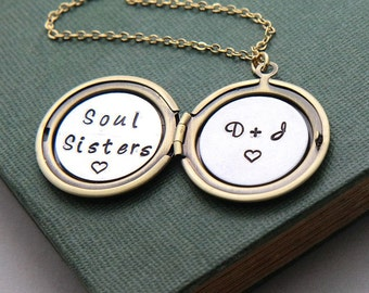 Soul Sisters Necklace, Personalized Locket Necklace, Floral Locket, Best friend gift, Sisters gift, Best Friend Necklace, Gift for her