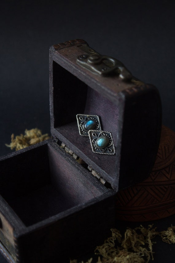 Silver earrings studs Labradorite, filigree silver earrings, blue earrings silver studs, silver earrings Boho, Labradorite ethnic earrings
