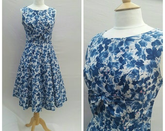 1950s Cotton Dress, Day Dress, Tea Party, Casual, UK size 10, US size 8.