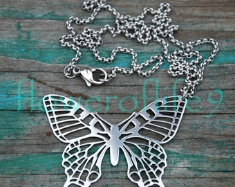 Butterfly pendant with chain - Stainless Steel