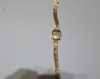 SALE, Vintage Women's Solid Gold, Swiss, 18 Carat Watch & 9 Carat Gold Bracelet, Fully Hallmarked, 17 Jewels