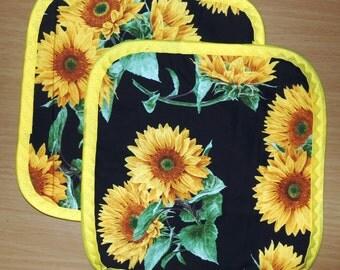 "Sunflowers set - 8"" Pot holders - Hot pads, handmade, farmhouse Classic, sunflowers"