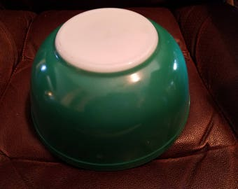 Vintage Green Pyrex Bowl