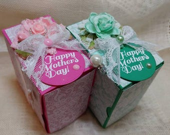 Green Happy Mothers Day Candle Book